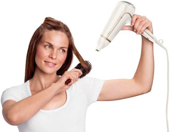 Sušilo za kosu i češalj