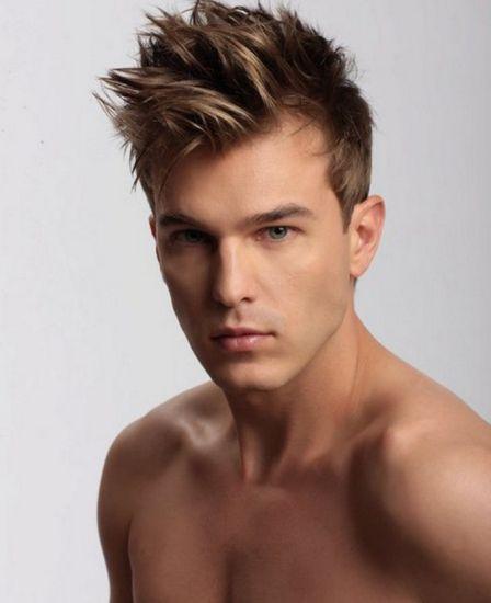 Creative muška frizura